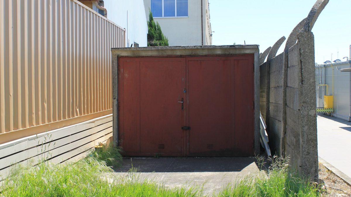 Skladový priestor - garáž